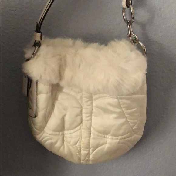 Coach Handbags - Coach Hand Bag